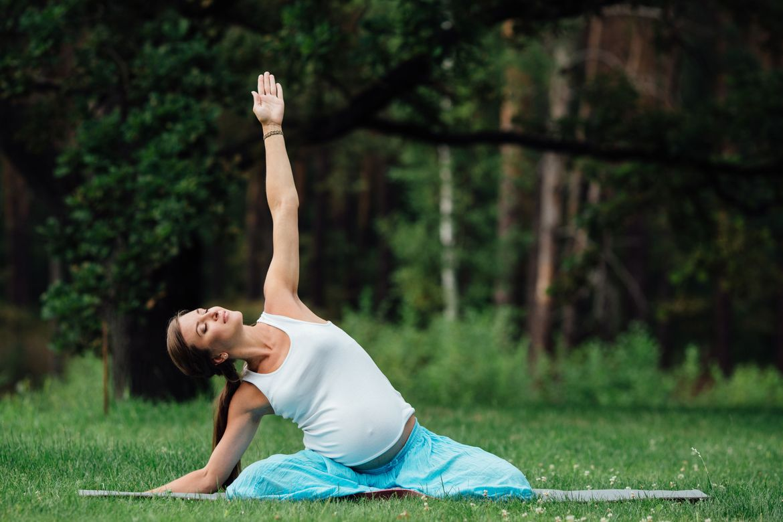 YogaGrossesse2.CDKT5Z.jpg