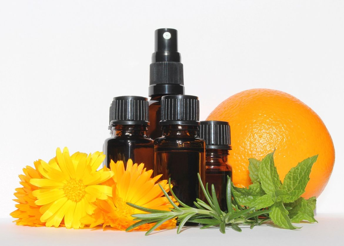 essential-oils-3478157_1280.GJP3vl.jpg